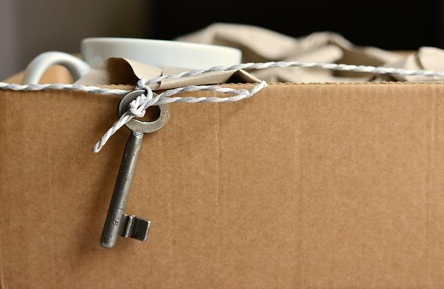 klíč na krabici