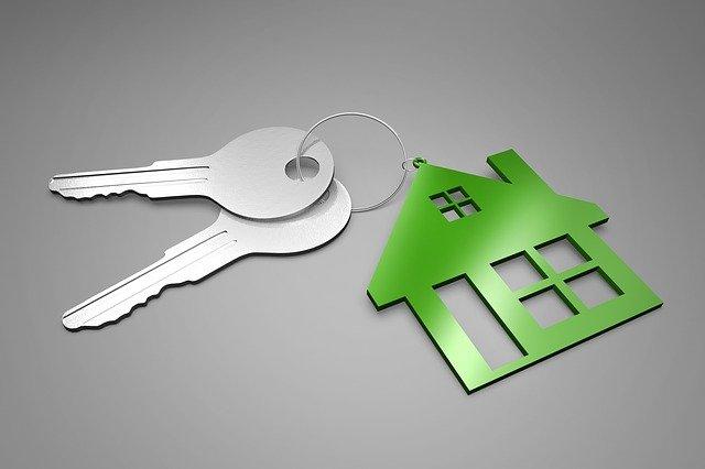 dva klíče k domu.jpg
