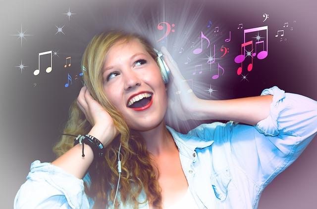 holka na karaoke