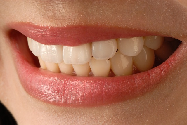 zuby z blízka